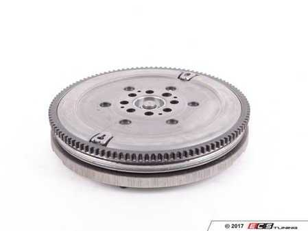 ES#40929 - 21207533868 - Twin Mass Flywheel - Includes roller bearing. 240mm - Genuine BMW - BMW